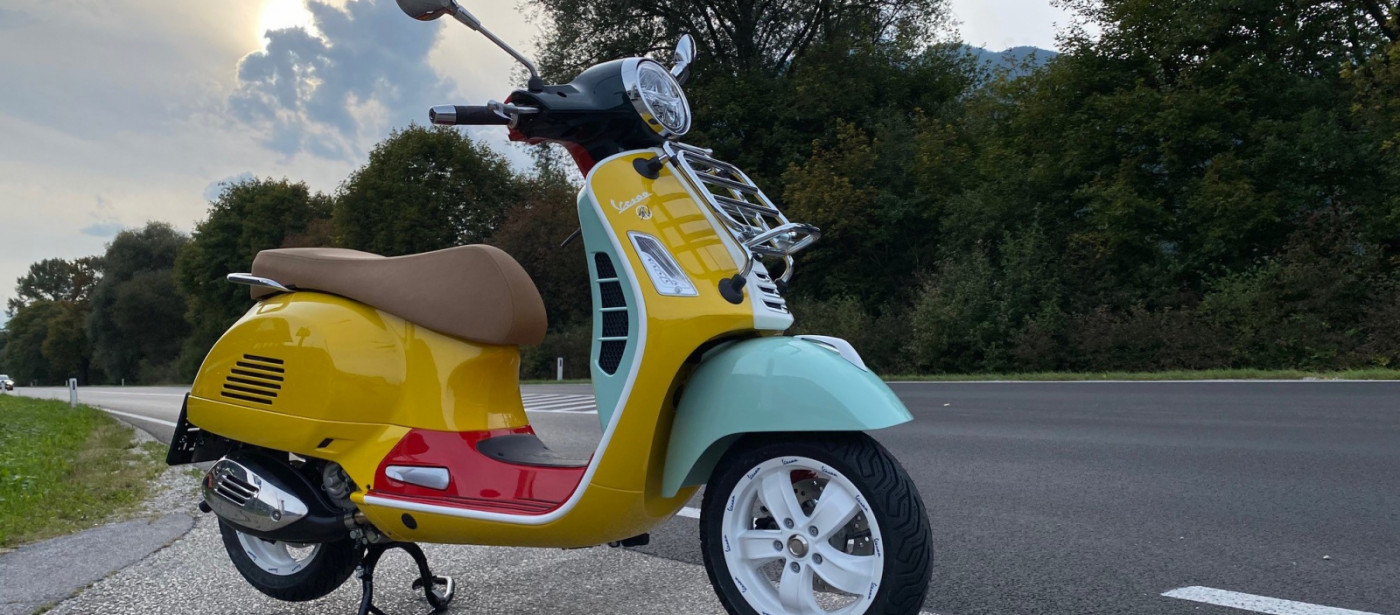 Vespa GTS 300 hpe by Sean Wotherspoon
